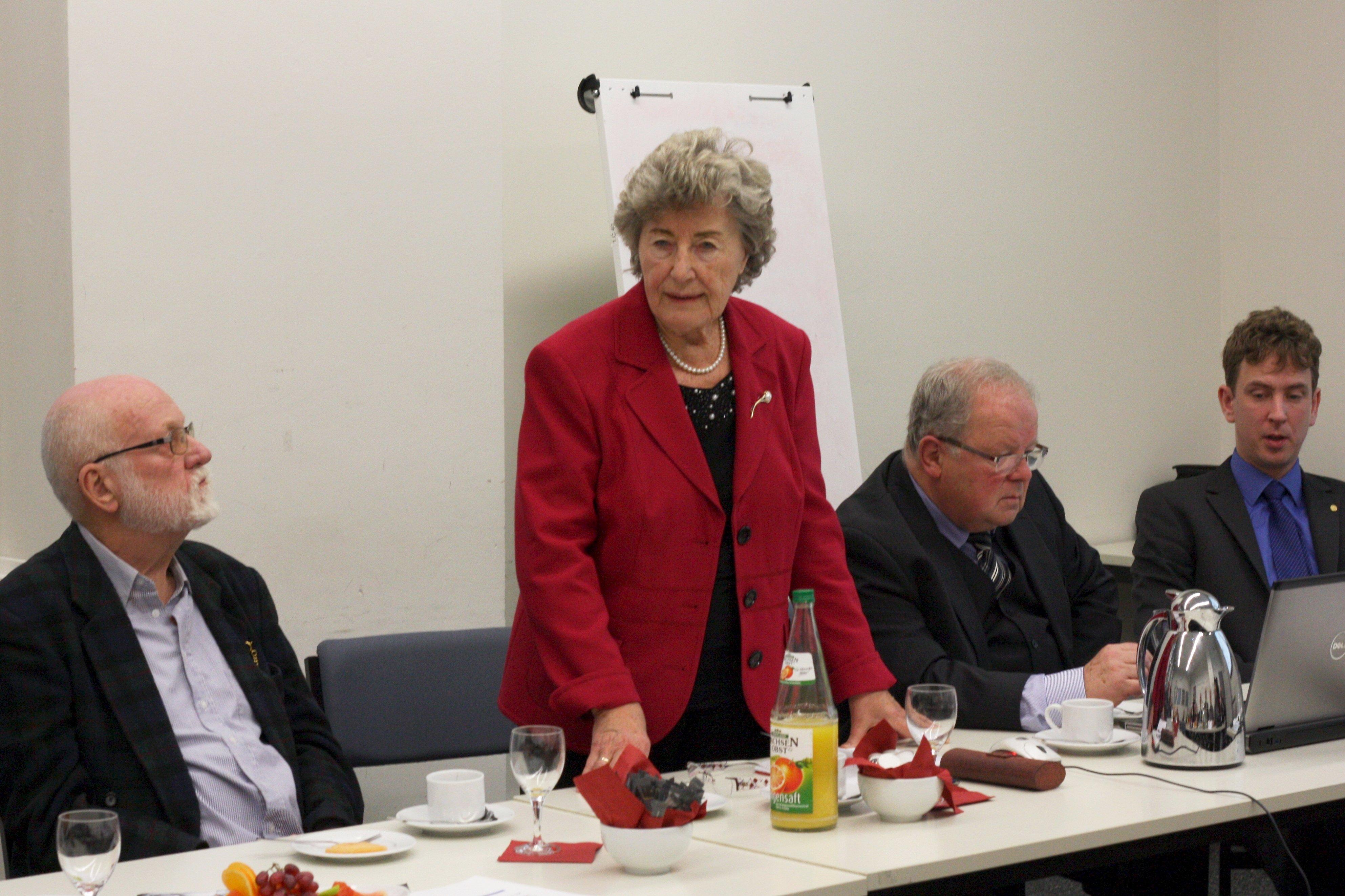 2016-12-13 Stiftung 20 a_9902 kom85