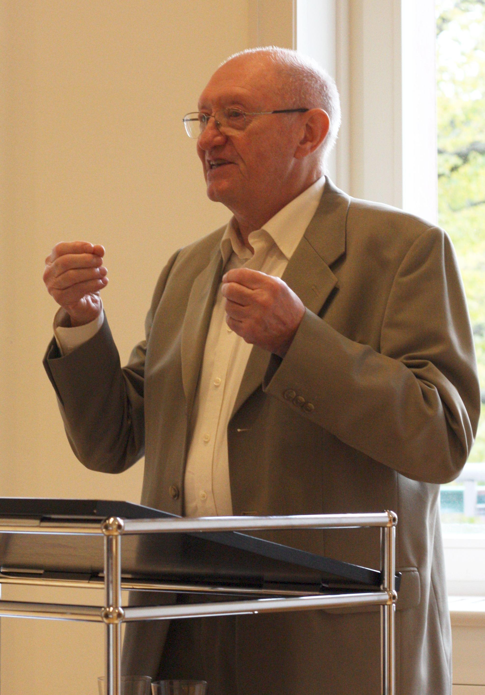 2017-10-12_Prof. Dr. Adolf Laube, Biesdorf kom80